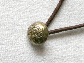 フランスアンティーク・ボタンへアゴム/ゴールド紋章(AFB-059)の画像