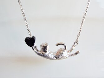 SALE! 猫 オニキス ハート シルバーペンダントの画像