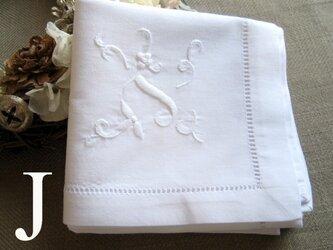 Aging手刺繍イニシャルハンカチ ホワイトJの画像