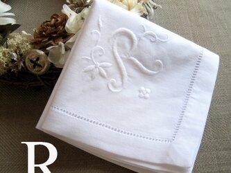 Aging手刺繍イニシャルハンカチ ホワイトRの画像