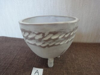 白化粧植木鉢Aの画像
