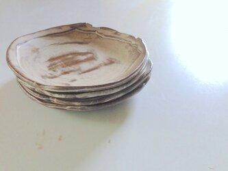 白リブ皿小の画像