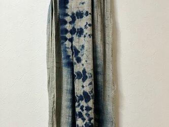 本藍絞り染め  シルク、リネン 大判マフラーの画像