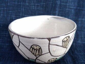 椿模様茶碗の画像