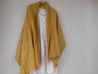 手紡ぎ・手織りのシルクショール 黄の画像