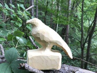 木彫り からすの画像
