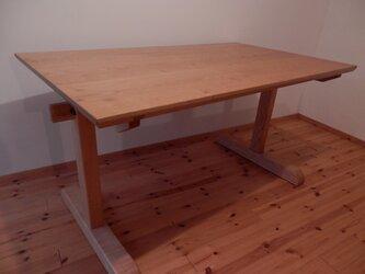 栗 クリ テーブル シェーカータイプ 2本脚の画像