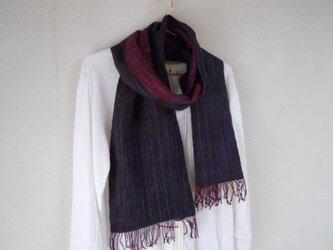 リバーシブルマフラー シルク100% 手紡ぎ・手織り 紺×赤紫の画像