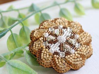 オートクチュール刺繍ブローチ アンティーク調のお花ブローチ、サラの画像