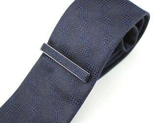 受注制作・織柄がお洒落なソリッドタイ・濃紺/ナローサイズ・タイピン付きの画像
