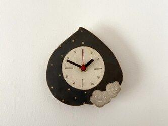 ももの掛け時計(陶器)の画像