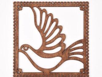 ウッドフレーム「ハト」(木の壁飾り Wooden Wall Decoration)の画像