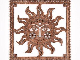 ウッドフレーム「太陽」(木の壁飾り Wooden Wall Decoration)の画像