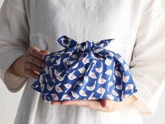木版染め ブロックプリント あづま袋 S 34cm お弁当包みに。 スワン (ブルー)の画像