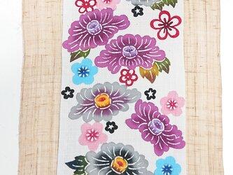 琉球びんがた 牡丹華花タペストリーの画像