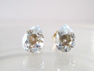 ブルートパーズ・スカイのルースピアス nudy jewel series14KGFの画像