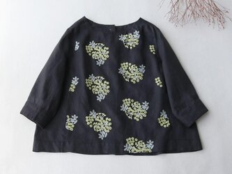 【受注製作】綿麻アジサイ刺繍!可愛綿麻製トップス・ブラウス098010 黒いの画像