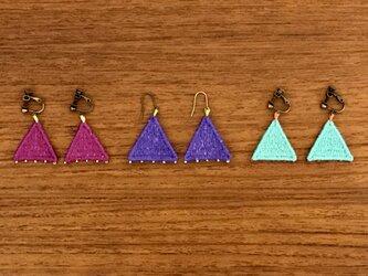 刺繍アクセサリー(三角)の画像