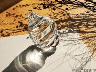 無色透明ガラスのインテリアオブジェ -「 灯りのたね 」●高さ約12cmの画像