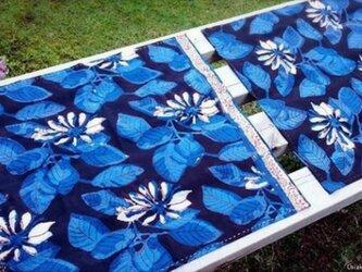 インド綿バンダナ(ブロックプリント)<ブルー・花柄>の画像