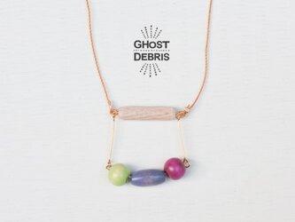木の振子ネックレスの画像