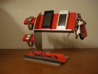 誕生日に!レッド腕時計2本・キー・携帯電話スタンド AKデザインの画像