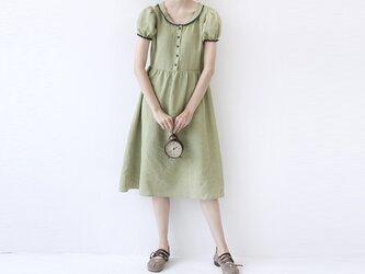 【M】配色くるみ釦付大人可愛い半袖ワンピース♪の画像