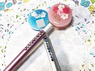 選べる2カラー名前入り☆flowerブーケのキラキラボールペンの画像