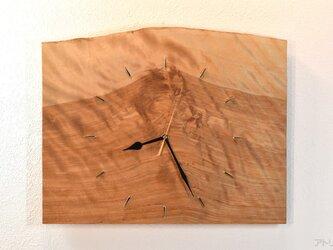 赤富士の雄大な絵画のような掛け時計【クオーツ時計】の画像