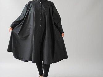 【wafu+】フレアワンピース  2way コットン シャツ スタンドカラー 長袖/ブラック b32-27の画像