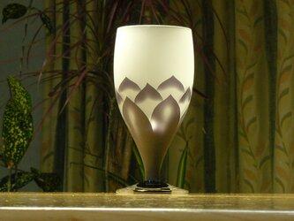 花一輪の脚付きグラス 蓮の花 紫(1個)の画像