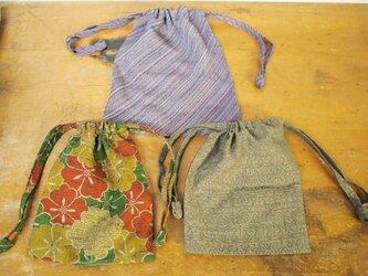 昭和レトロな着物地の巾着3セットの画像