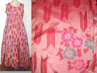 Sold Out銘仙リメイク♪矢羽&お花が可愛いピンク銘仙チュニックワンピース♪ハンドメイド♪イレギュラーヘム♪シルクの画像