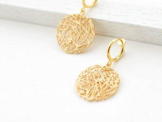Mesh plate hoop earrings(gold)の画像