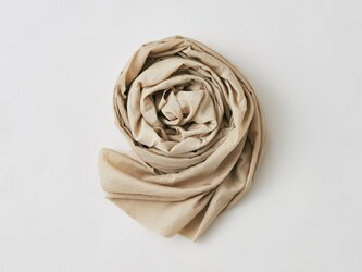 enrica cottonsilk scarf beige / natural dyeの画像