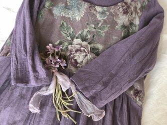 紫薔薇柄ギャザーチュニックの画像