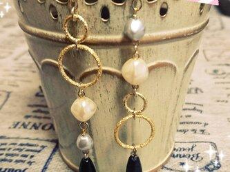 *monotone pearl*(ピアス)の画像