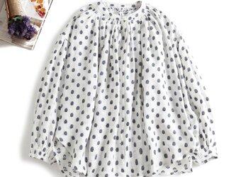810-1おしゃれに一歩差をつく ドット織り 麻のシャツ ブラウスの画像