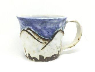 マグカップ. 山のふもとの画像