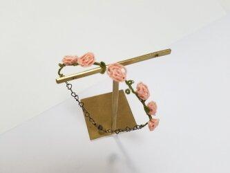 レース編み 薔薇のブレスレットの画像