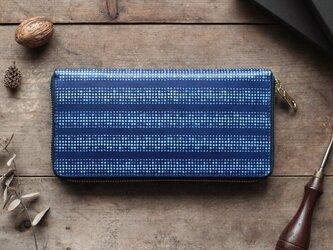 藍染革【江戸小紋・円角(enkaku)】 ラウンドファスナー長財布の画像