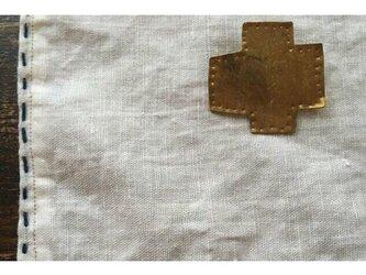 真鍮  クロス バッヂの画像