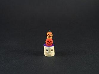 オバケ南瓜のハロウィンパーティー ブローチの画像