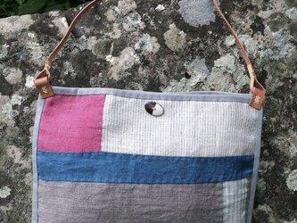 手織りヘンプショルダーバッグ キルトEの画像
