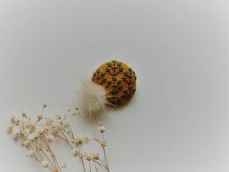 ミンクファー刺繡ブローチ(マスタード)の画像
