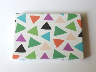 cheerful triangle ( green ) ファブリックパネルの画像