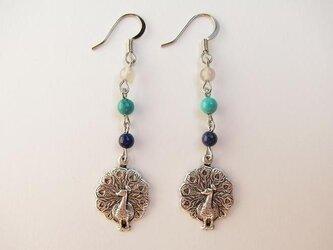 peacock earringsの画像