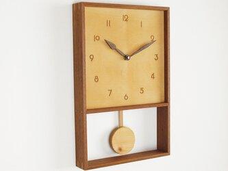 木製 箱型 振り子時計 ラワン材2の画像