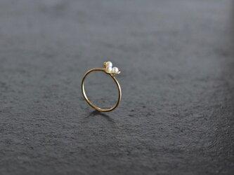 K18リング  白い小花の画像