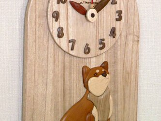 時計 柴犬の画像